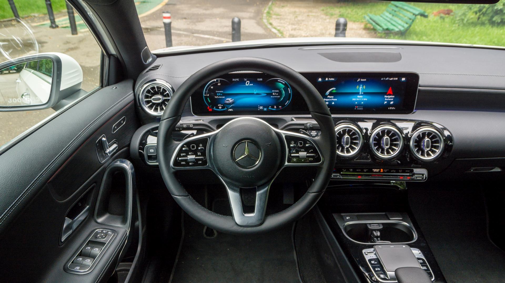 Mercedes-Benz A 200 design interior