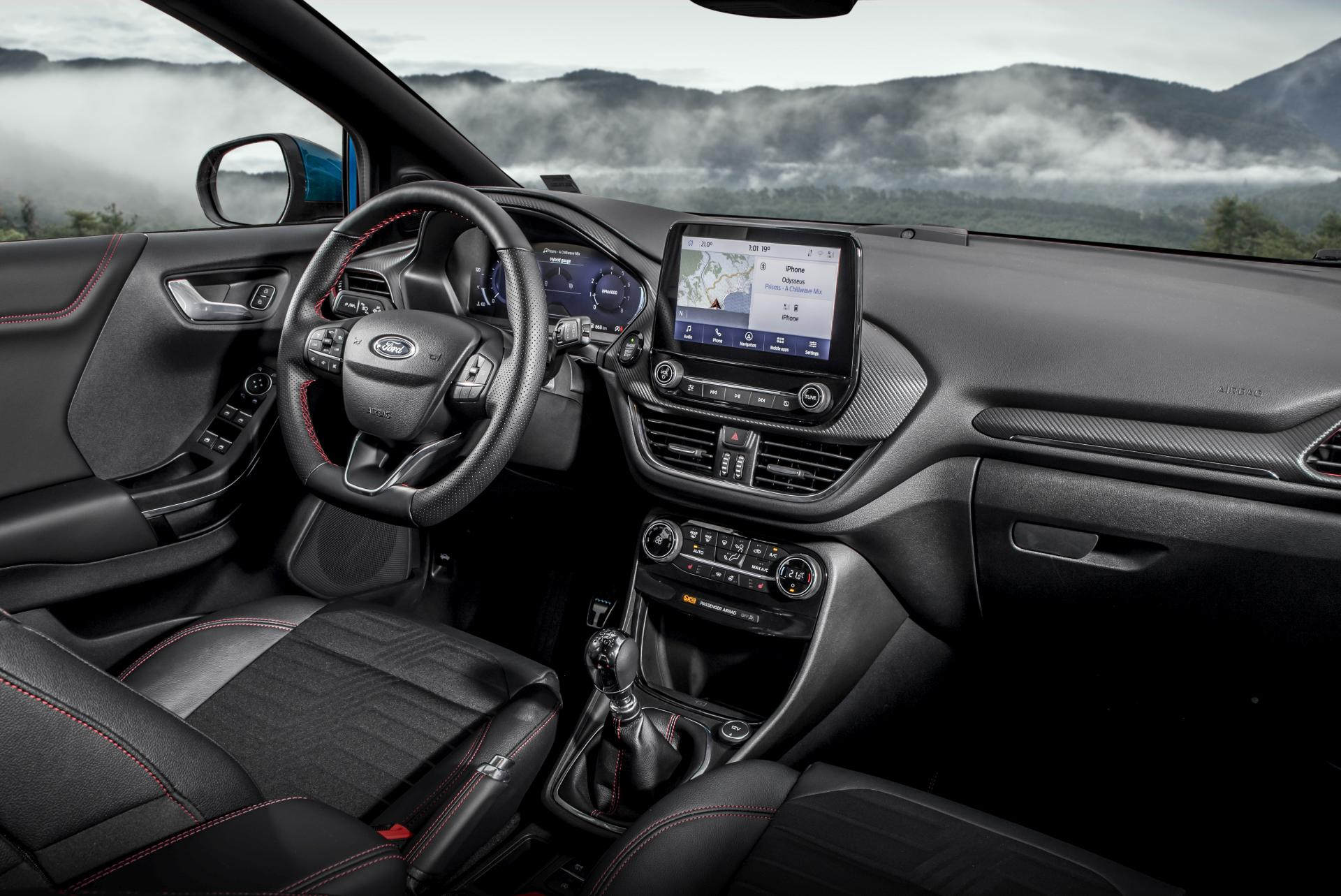 Ford Puma 1.0 EcoBoost Hybrid interior