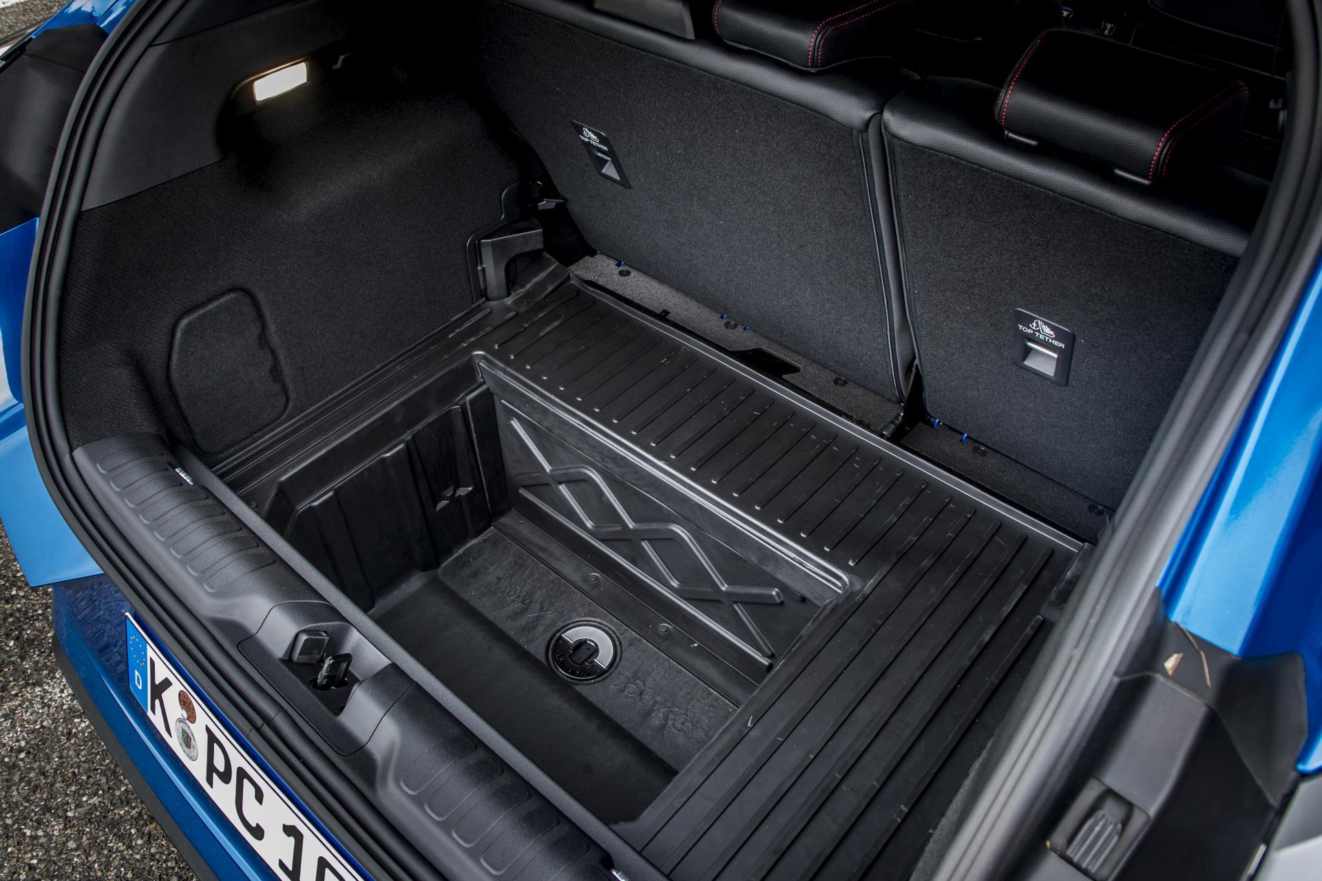 Ford Puma 1.0 EcoBoost Hybrid Mega Box