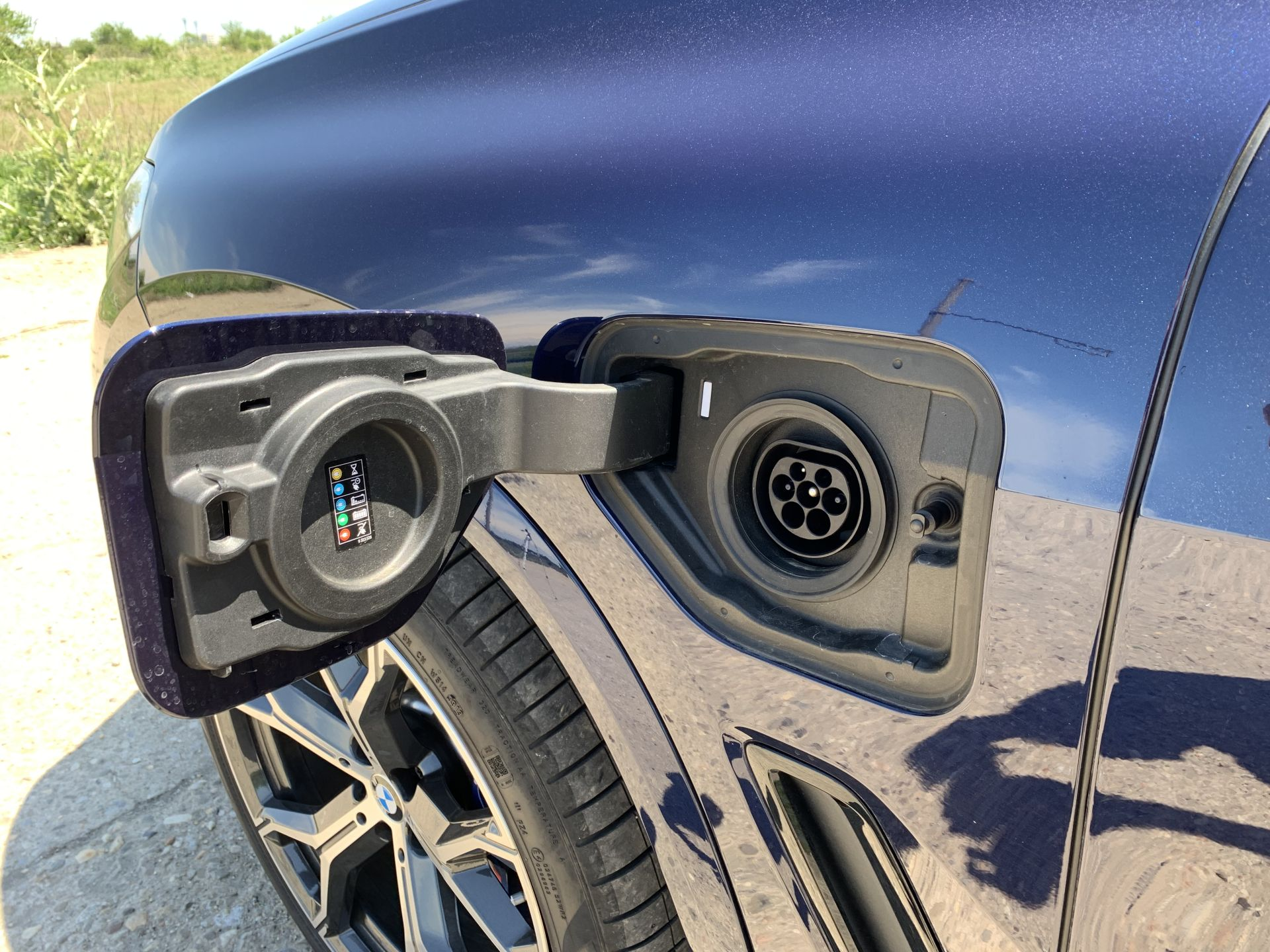 BMW X5 xDrive45e priza de incarcare