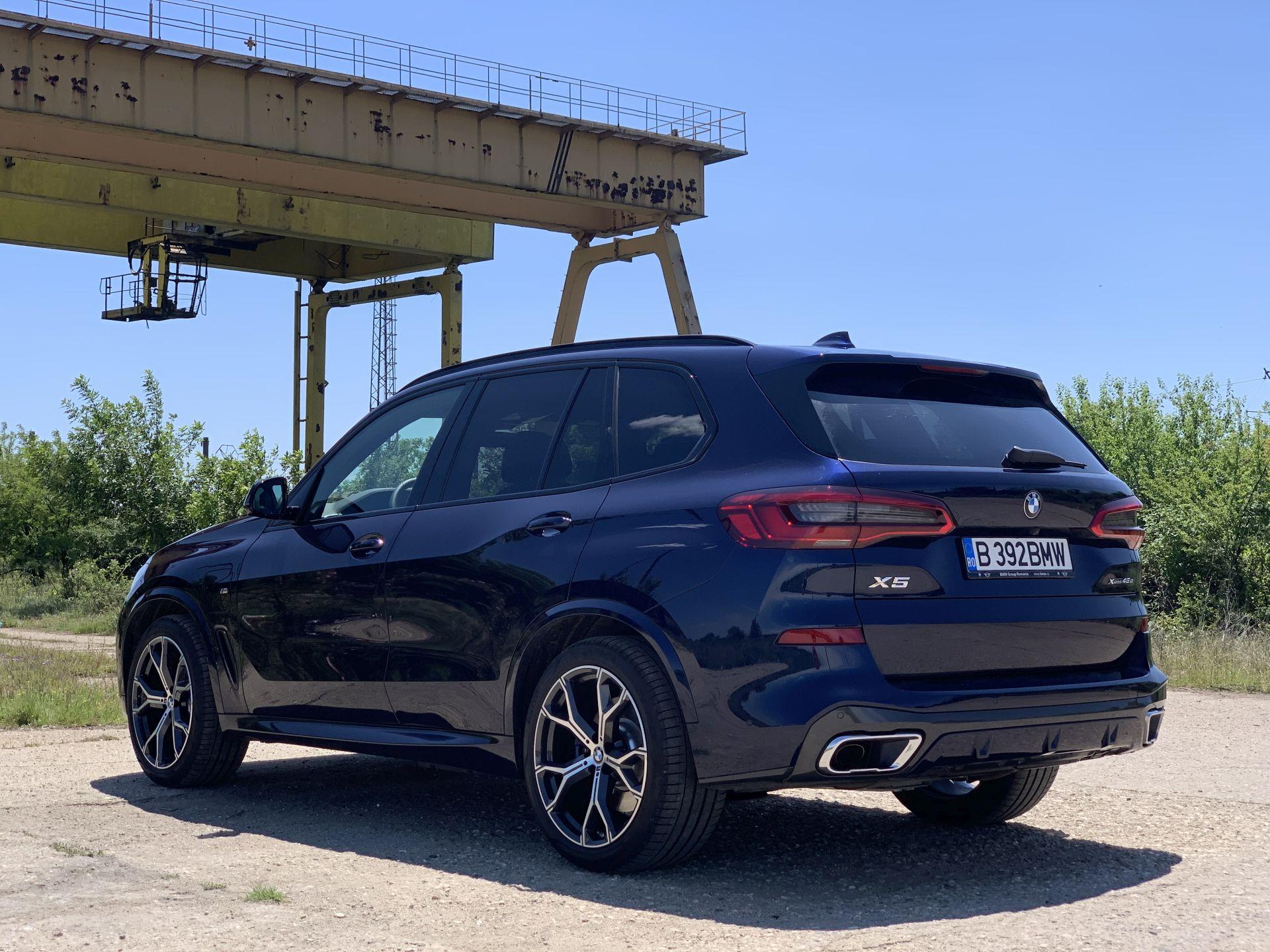 BMW X5 xDrive45e spate