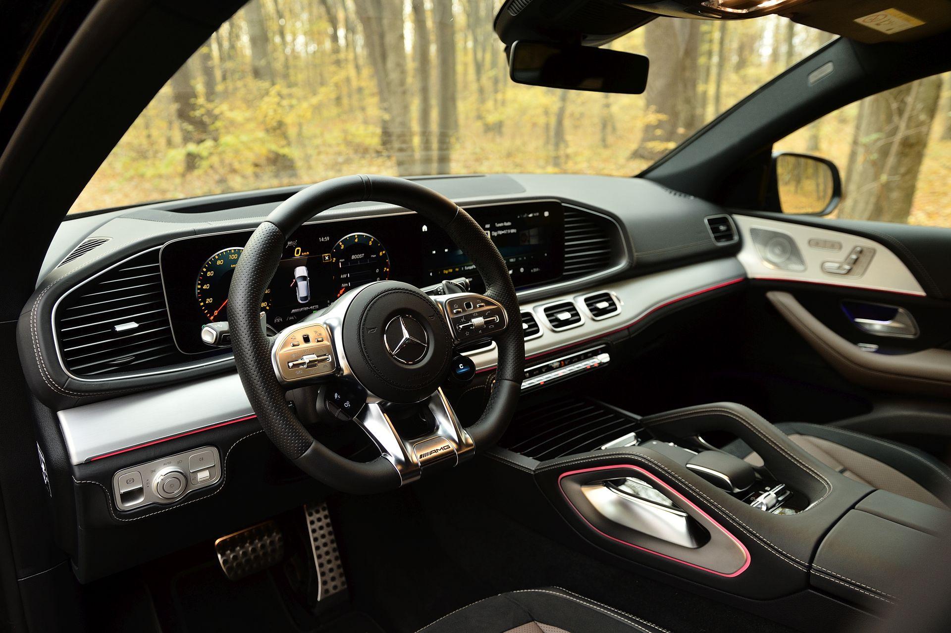 interior Mercedes-AMG GLE 53 4MATIC+ Coupé